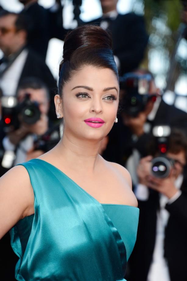 Aishwarya Rai Cleopatra Premieres