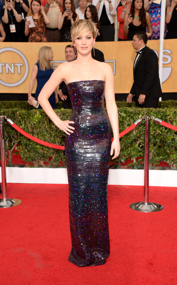 JENNIFER LAWRENCE wearing Dior gown